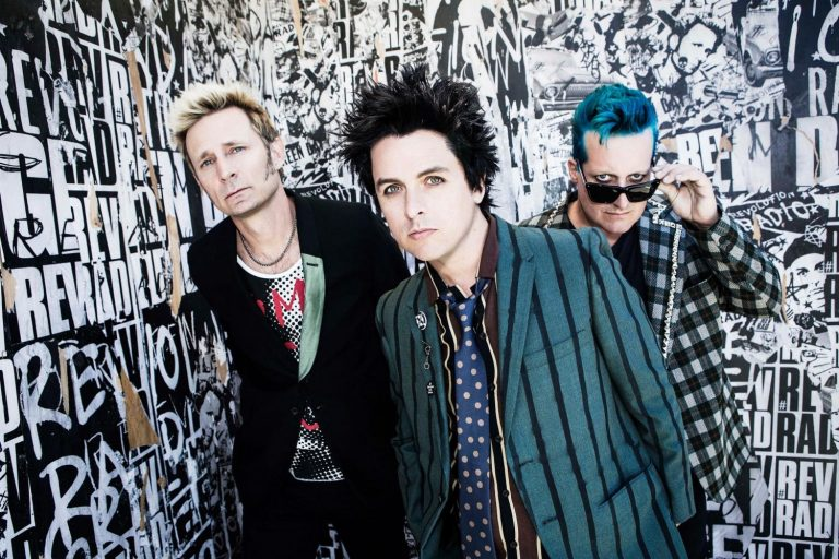 "Green Day Klaim ""Here Comes The Shock"" Cocok Buat Aerobik"
